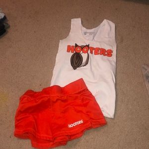 Hooters costume